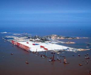 上海国际航运中心洋山深水港区一期工程
