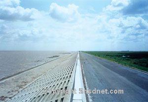 上海浦东国际机场围海大堤(一期)工程