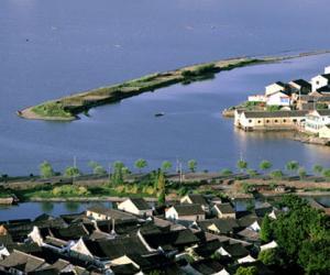 东钱湖—上古时期形成的海迹天然泻湖